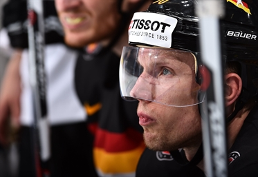 Ehrhoff returns home
