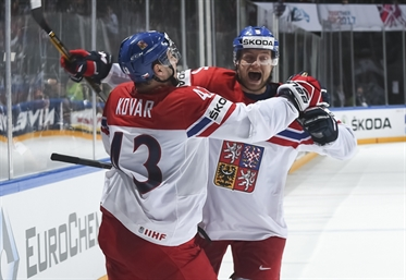 Czechs shoot down Finns