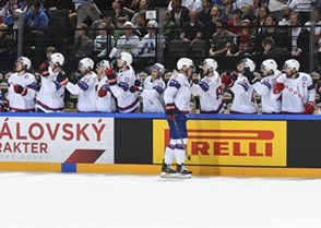 PARIS, FRANCE - MAY 13: Norway's Anders Bastiansen #20 celebrates with his bench after scoring against Finland during preliminary round action at the 2017 IIHF Ice Hockey World Championship. (Photo by Matt Zambonin/HHOF-IIHF Images)